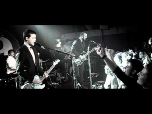 White Lies - Farewell To The Fairground (z bruselského Club 69 živě)