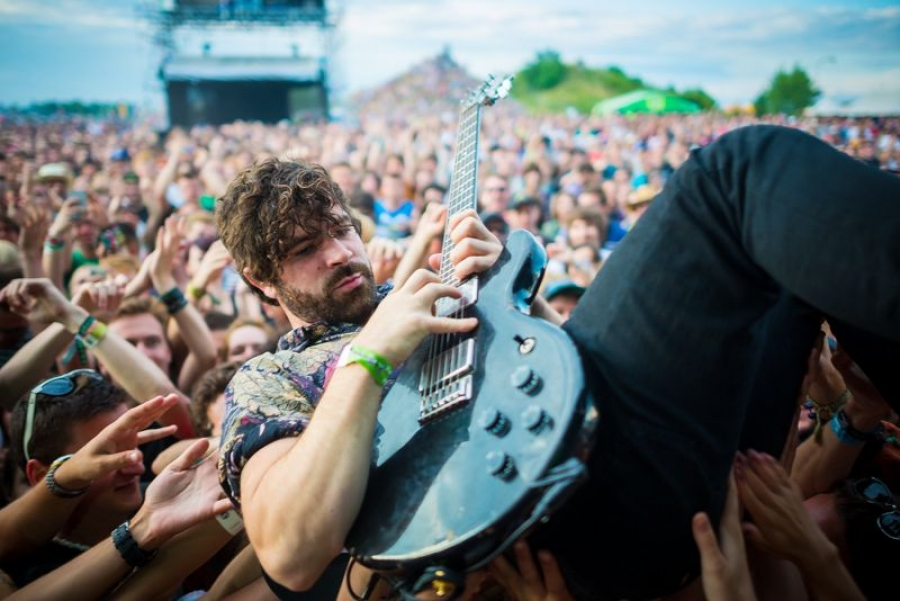 Foals, Rock for People